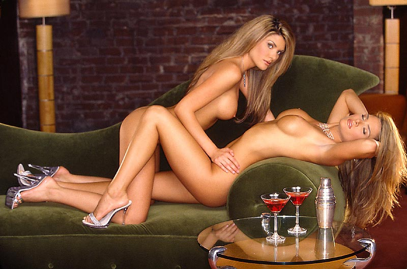11 rachel and sarah campbell   nude pictures